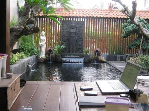contoh bentuk kolam ikan  rumah minimalis kolam  taman pinterest tips