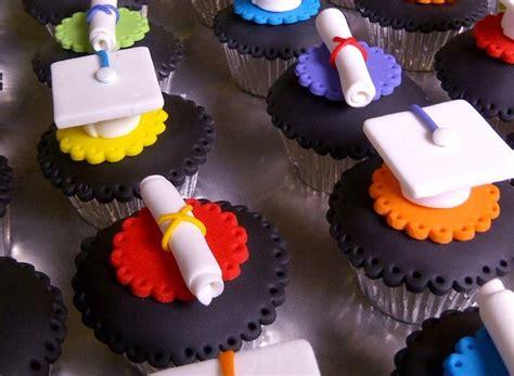 cupcakes de bautismo en pinterets decoraci 243 n de cupcakes para bautizo ideas para de egresados jardn ideas originales para graduaciones