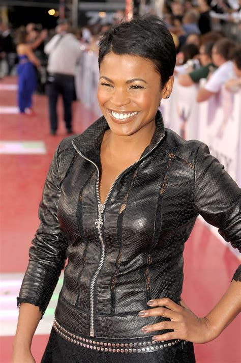 how to style hair like nia long nia long pixie nia long