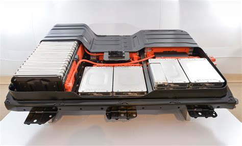 nissan teams with eaton on second battery system