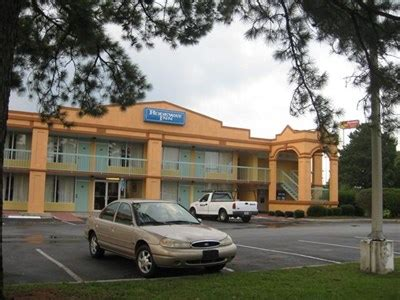friendly hotels ga rodeway inn ga friendly hotels on
