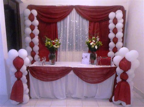 decorar con globos y telas decoraci 243 n globos telas mesa fantasia 15 a 241 os bodas
