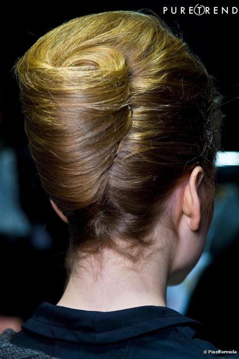 le chignons le chignon hollywoodien reste une coiffure intemporelle parfait pour les journ 233 es charg 233 es de