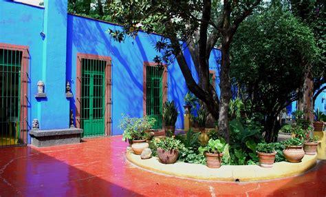 casa azul frida kahlo la casa azul de frida kahlo style citizen
