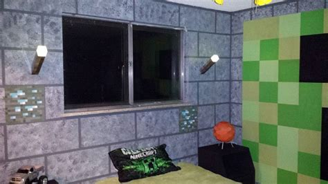 Minecraft Theme Bedroom by Paint S Room To Look Like Minecraft Dungeon