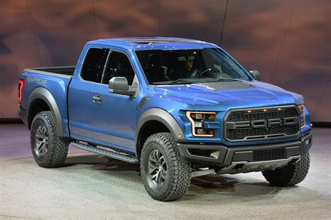 ford raptor 2016 2017 ford raptor revealed at the detroit auto show