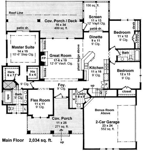 plan 43040pf unique floor plan hides garage bedrooms creative floor plans architectural designs