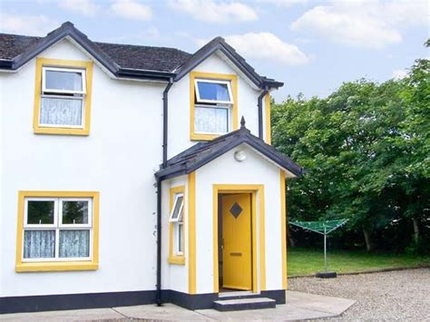 Riverbank Cottage by Riverbank Cottage Scarriff County Clare Self Catering