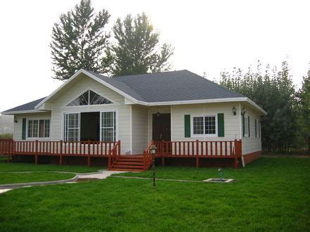 bungalow vs ranch ranch style bungalow with hip roof bungalow vs ranch