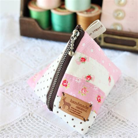 crafts to make and sell for profit 15 easy craft items to make and sell for profit