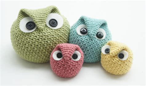 Ease By Owl Book Store knot sew design shop new crochet pattern