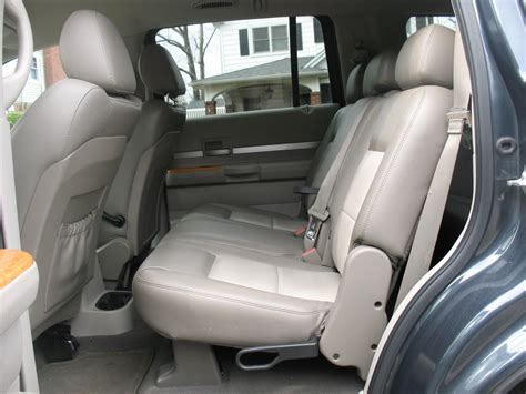 Chrysler Aspen Interior by 2007 Chrysler Aspen Interior Pictures Cargurus