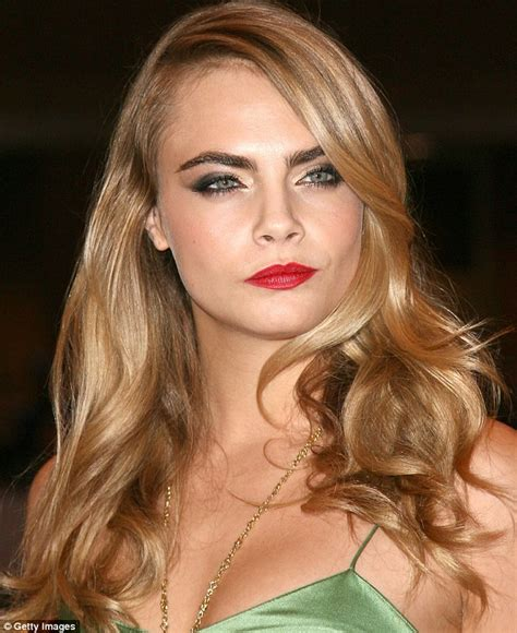how to do model hairstyles celebrity golden blonde hairstyles to copy in 2016
