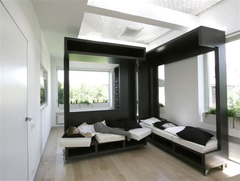 Transforming Living Room Into Bedroom Ruetemple S Awesome Rollable Modular Sofa Room Thingy