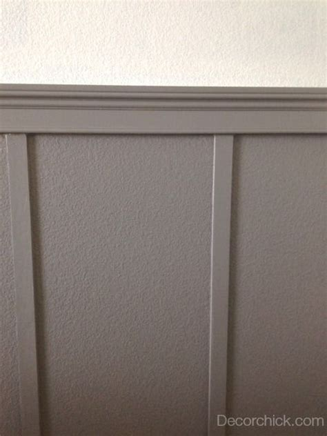 grey wainscoting www decorchick gameroom dovetail sherwin williams and white walls