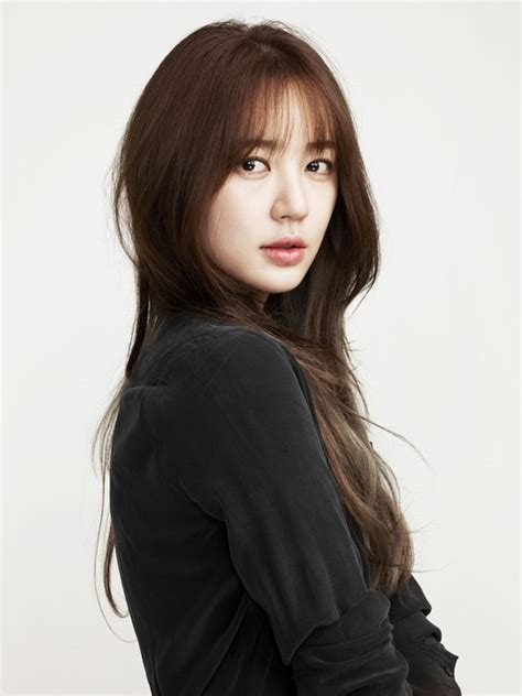 asian stars with bangs yoon eun hye shares i was taken to the hospital after