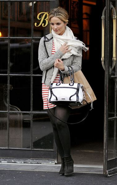 dianna agron 2012 pictures photos images zimbio dianna agron photos photos dianna agron out and about in