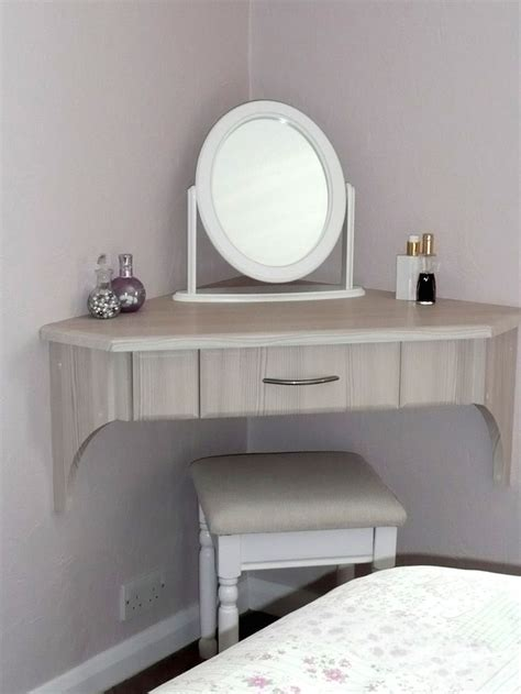 dressing in bedroom best 25 corner vanity ideas on pinterest corner vanity