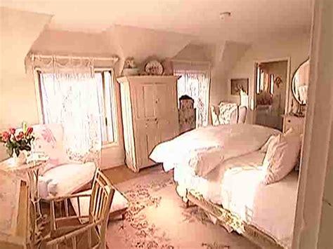 inspiration pamela anderson s shabby coastal home