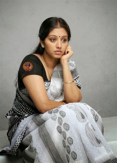malayalam heroins video actress hd gallery gopika malayalam actress saree hot