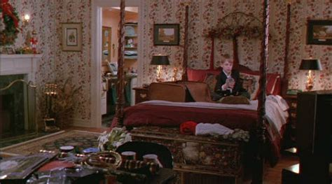 alone in bedroom the real quot home alone quot house in winnetka illinois