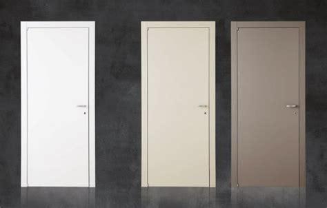 porte interne d occasione porta interna liscia occasione miglior prezzo bologna