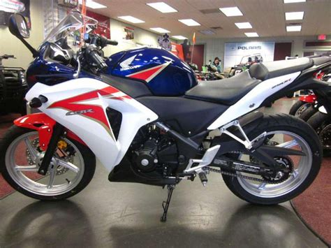 Honda Sport Bike by 2006 Honda Cbr600f4i Sportbike For Sale On 2040 Motos