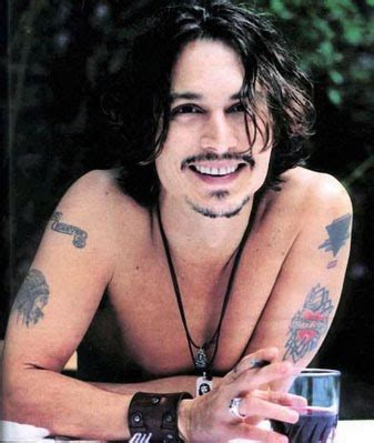 johnny depp tattoo skull and crossbones flag days johnny depp tattoos skull and crossbones
