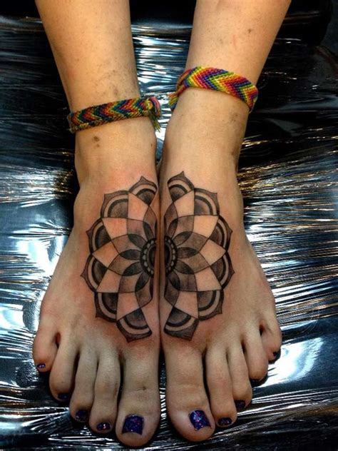 symmetrical tattoos 25 symmetrically satisfying connecting designs