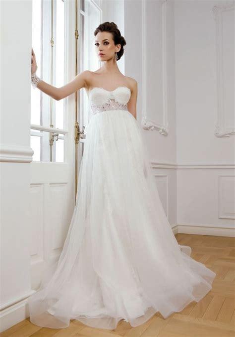 maternity wedding dresses   Guide on Choosing Wedding