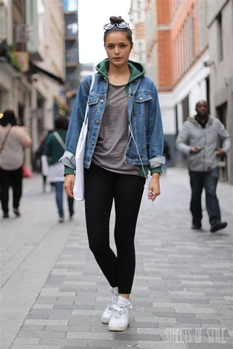 How To Wear A Jean Jacket Without Looking Like A Bag by Denim Jacket Ideas For Designers Collection