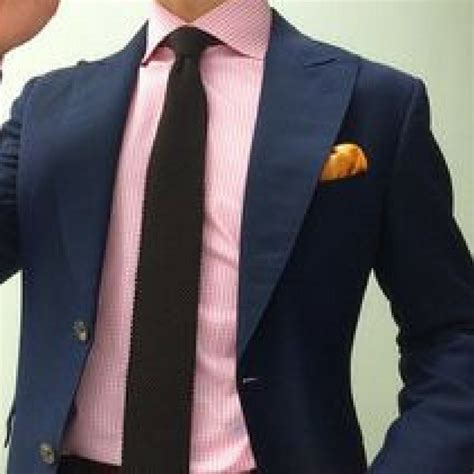 what color goes with light pink what colored tie would go with a navy blue suit and a