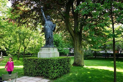 les cinq statues de la libert 233 parisiennes