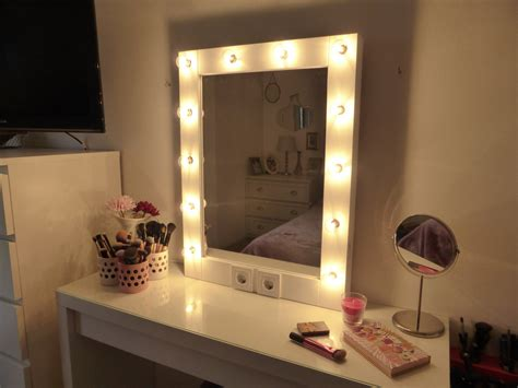 Makeup Vanity Mirror With Lights by Makeup Mirror With Lights Vanity Mirror Mirror