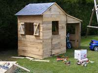 Une Cabane En Bois Avec Des Palettes  Liens Utiles Pour Plan
