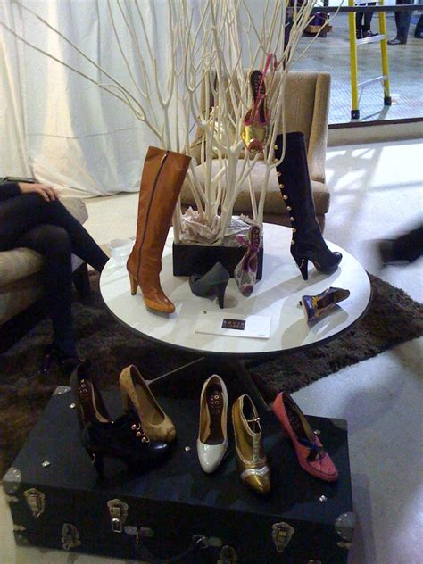 Rocio Ildemaro Makes Shoes Just For You by New Shop In Center Plaza Pome D Magazine