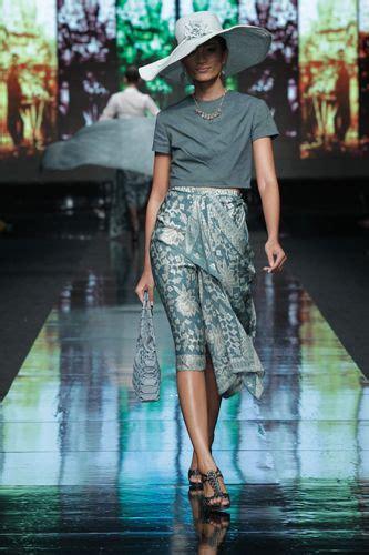 Mini Dress Batik Tulis Biru sarinah batik yogyakarta indonesia batik indonesia