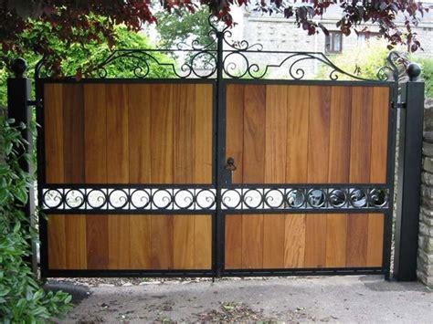 cancello in legno per giardino cancello in legno fai da te legno