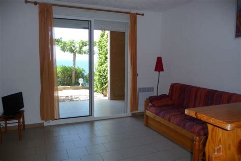 Location Chaise T2 Plus Maximum 4 Personnes Residence Ile Rousse