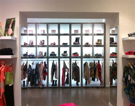 arredo negozio arredo negozi a napoli ib imaginative business