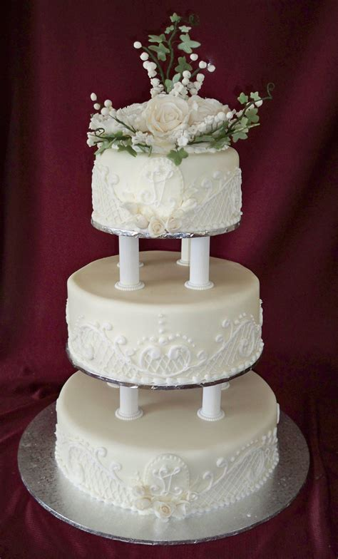 3 Tier Wedding Cake by 3 Tier Traditional Wedding Cake With Lace Piping And