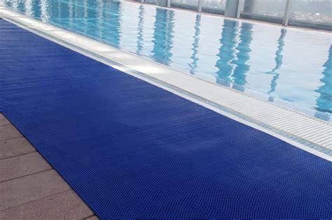» Wet Zone Pool Mats