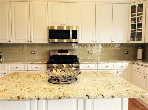 Glass Tile Backsplash With White Cabinets Roselawnlutheran Kitchen Backsplash White Cabinets