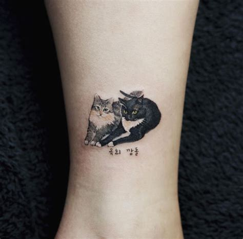 animal tattoo for woman 28 miniature animal tattoos for women small cat tattoos