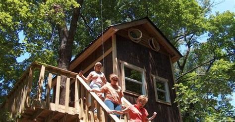 Treehouse Cabins Illinois by Timber Ridge Outpost Cabins Are Nestled In The Beautiful