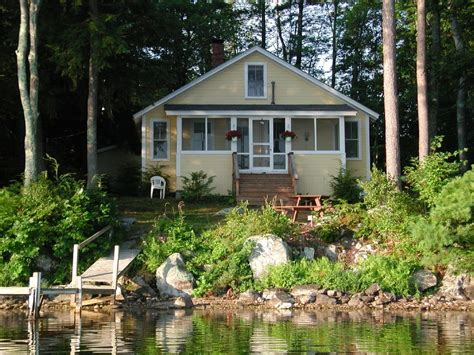 cottages in nh charming cottage on mirror lake tuftonboro vrbo
