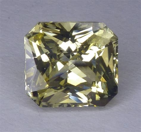 Yellow Sapphire Lt all that glitters gemstone photographs sapphire