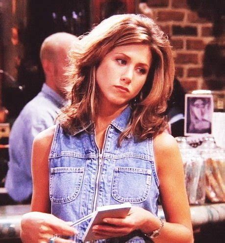 pictures of rachel greene of friends in the last ep jennifer aniston s hairstyle here s how to get the look