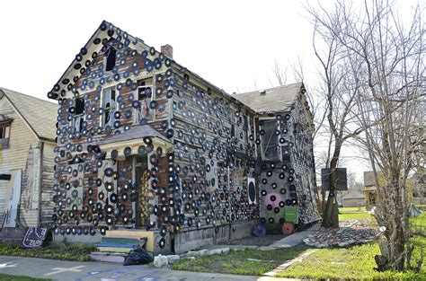 Detroit Heidelberg Project S Quot House Of Soul Quot Destroyed In Fire Detroit Music Magazine