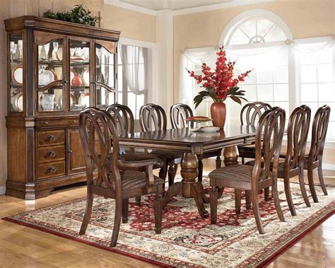 Traditional Dining Room Sets by Unique Decoration Dining Room Traditional Interior